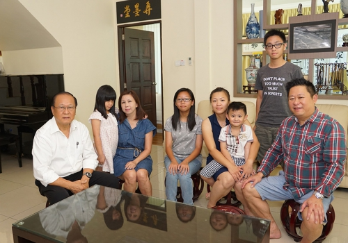 Mr Ting Nai Ho & Family